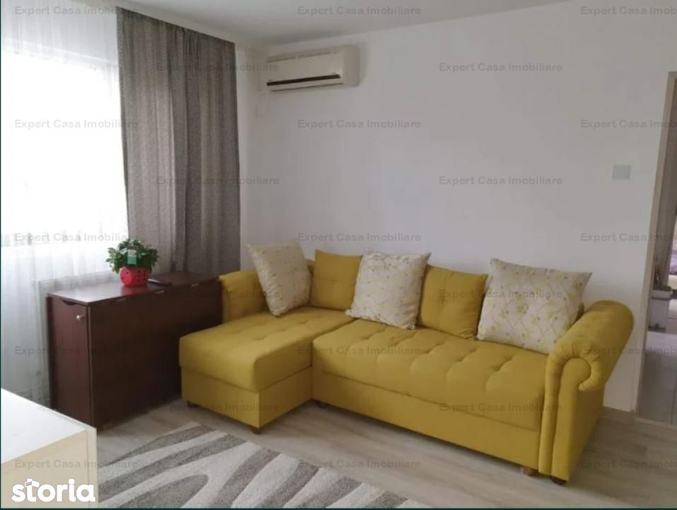 Apartament 3 camere Podu Ros Cantemir