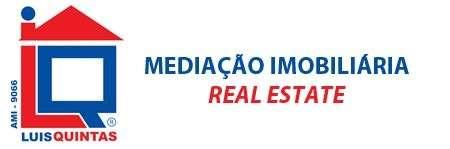 Este loja para arrendar está a ser divulgado por uma das mais dinâmicas agência imobiliária a operar em Alcanena e Vila Moreira, Alcanena, Santarém