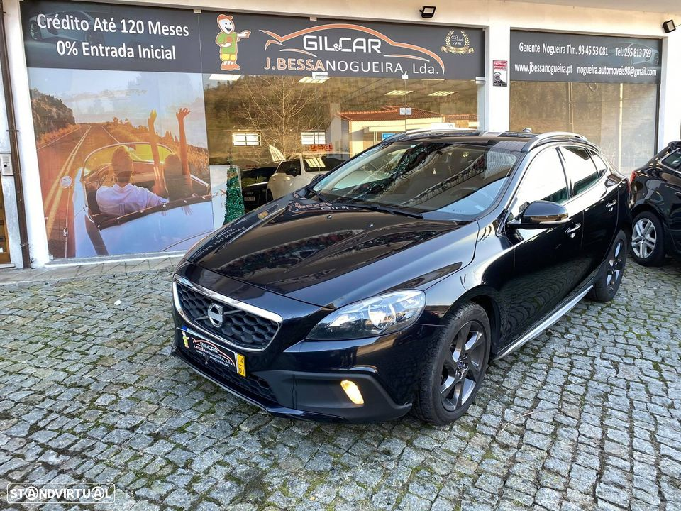 Volvo V40 Cross Country - 1