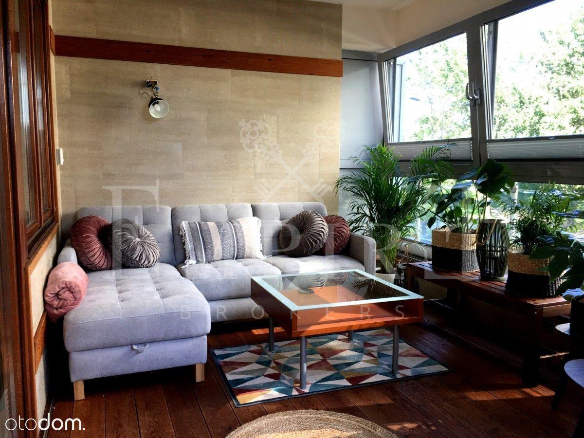 Luksusowy apartament z ogrodem zimowym metro