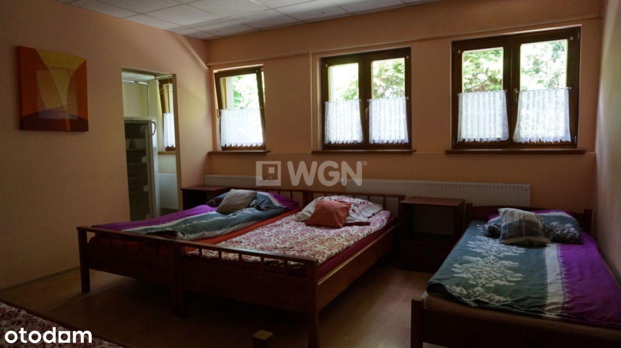 Motel min. 70 osób np. UA +budynki / działka .1ha