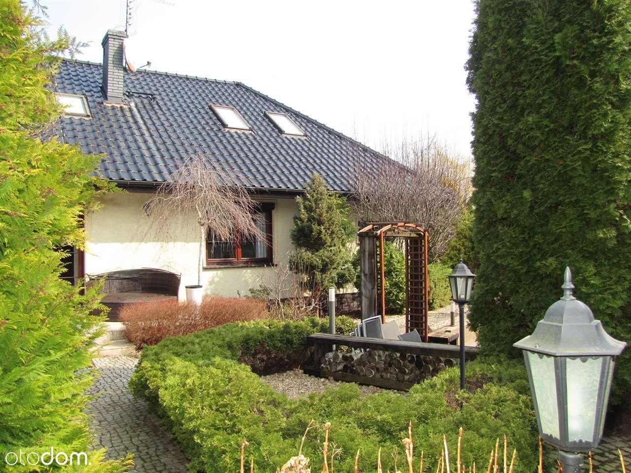 Smolec zadbany piękny ogród 