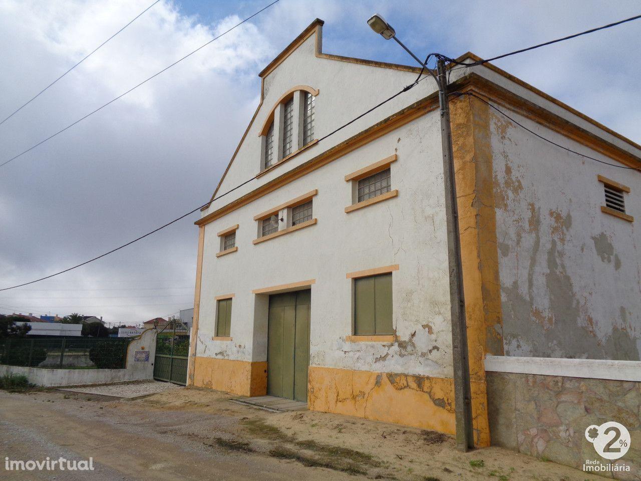 Quinta c/ 6,250ha com casa piscina e anexos Palmela
