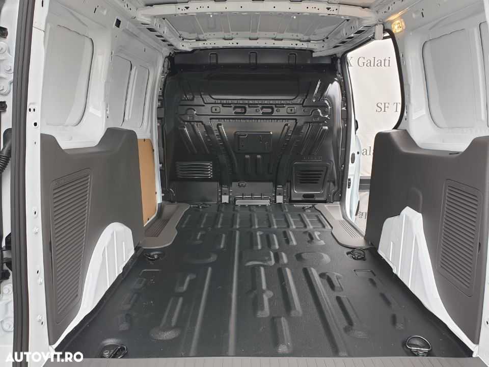 Ford Transit Connect 240 - 5