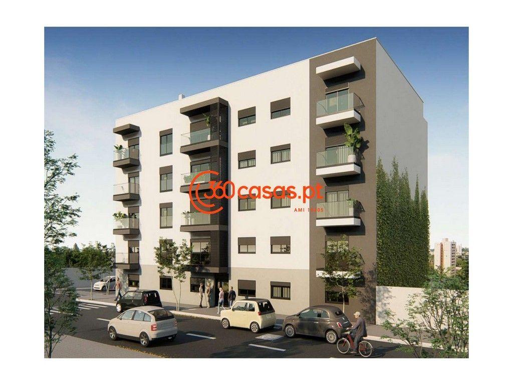 Apartamento T3 novo com lugar de garagem no Centro de Olhão