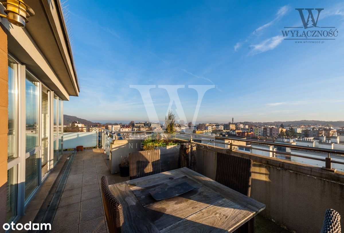 Apartament z widokiem na morze i tarasem 30m2