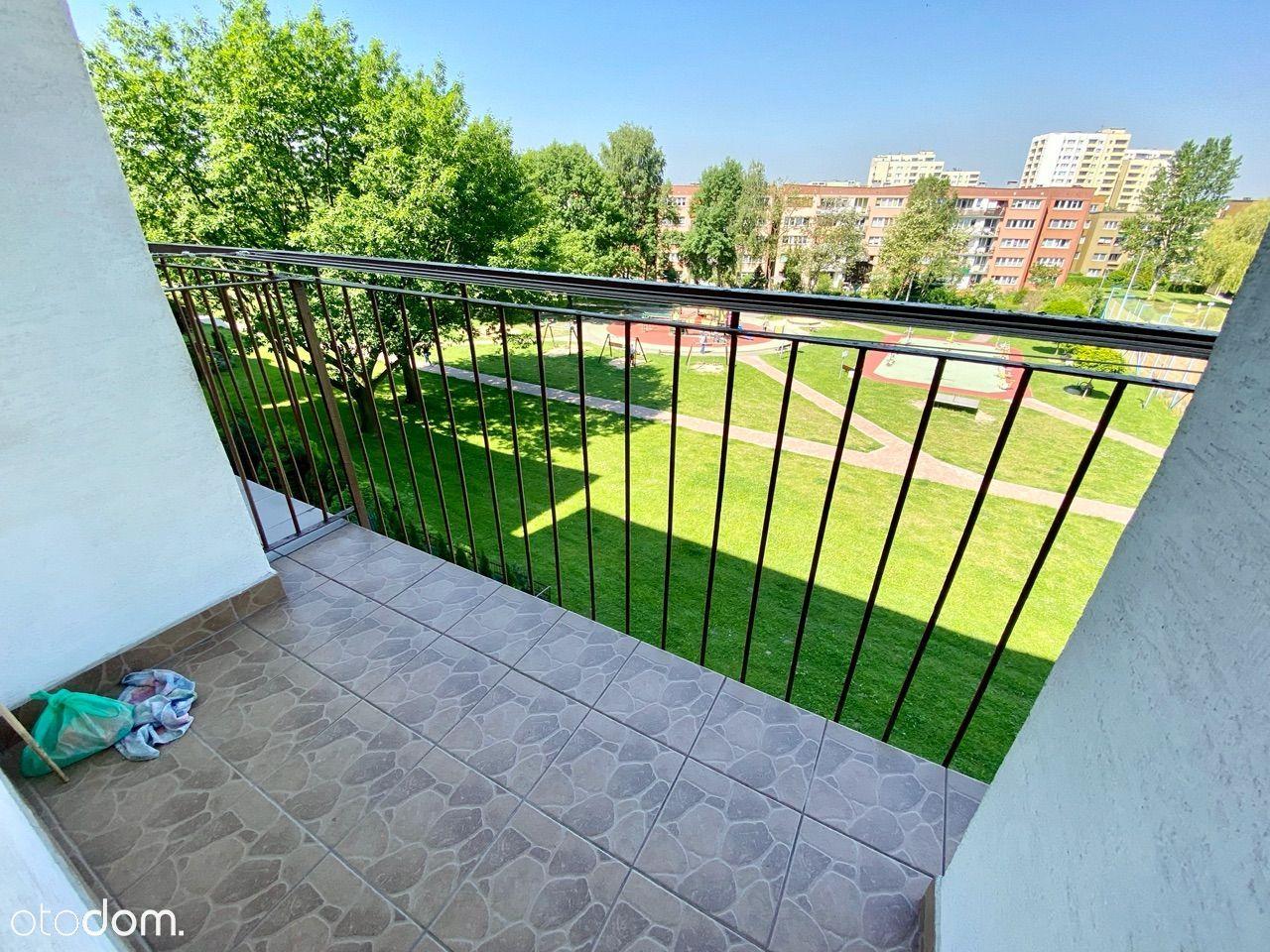 Niski blok, 2 pokoje, balkon, os. M