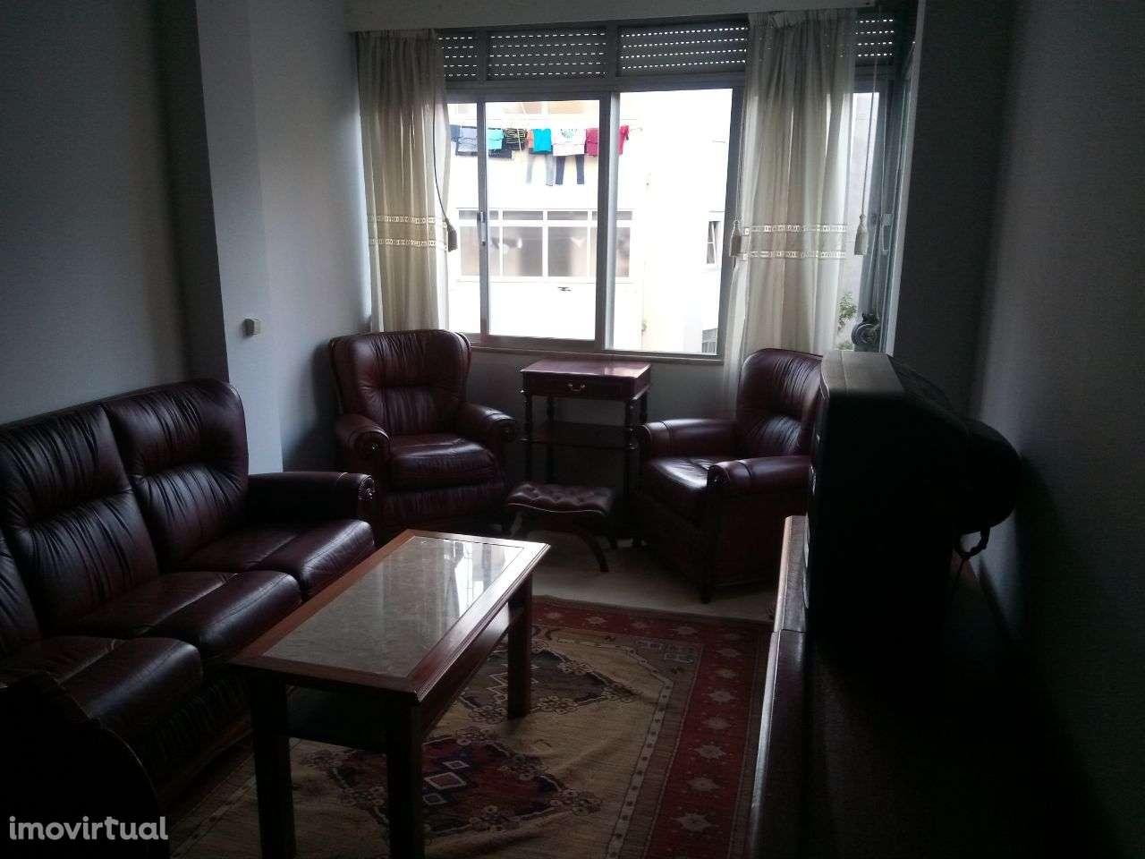 Apartamento para arrendar, Avenida Afonso III, Penha de França - Foto 1