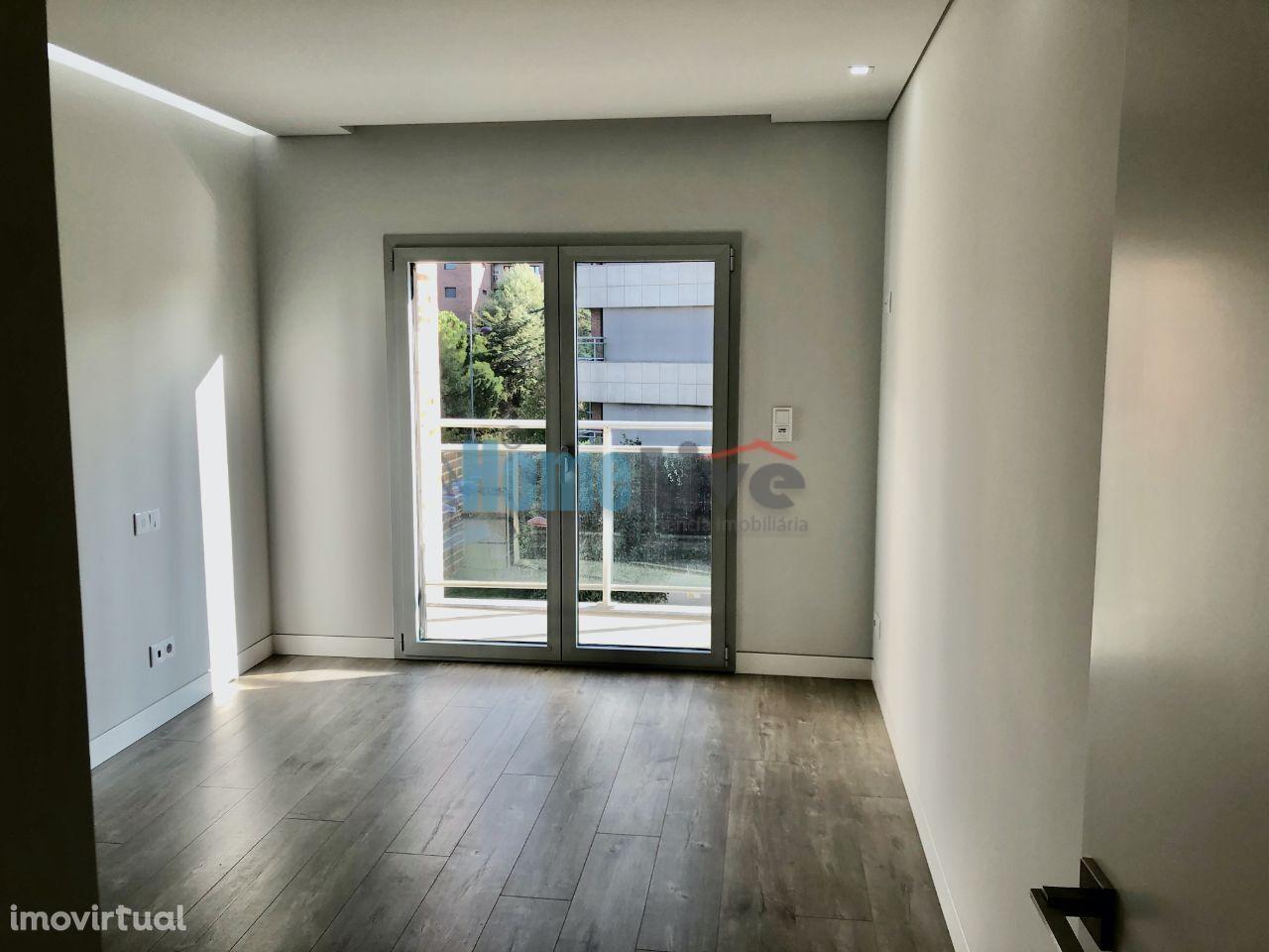 Apartamento para comprar, Rua Engenheiro Moniz da Maia - Urbanização Malva Rosa, Alverca do Ribatejo e Sobralinho - Foto 60
