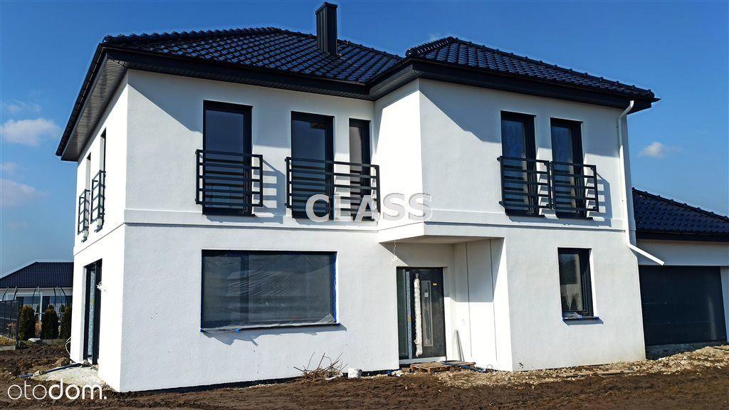 Dom, 228 m², Niemcz