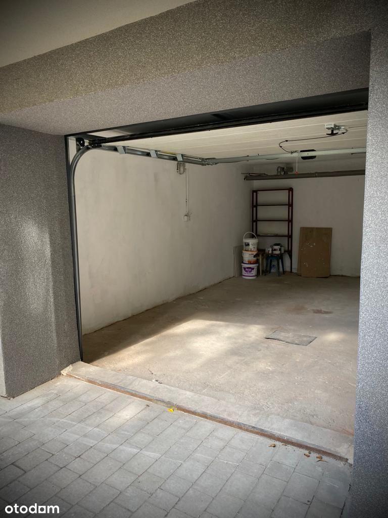 garaż zamykany bramą automatyczną, ul. Pułaskiego