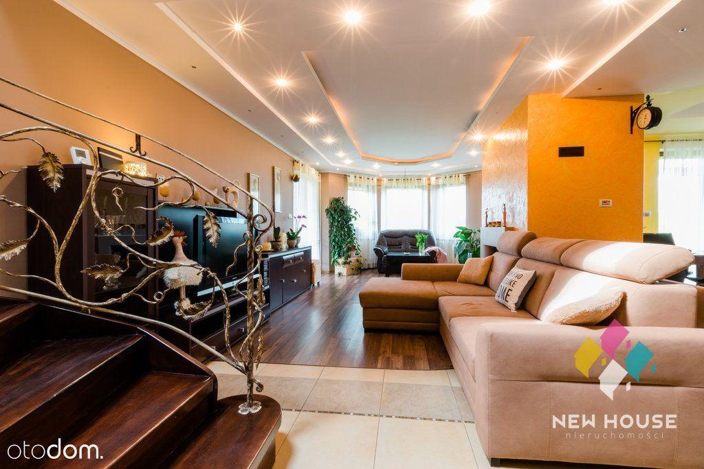 Komfortowy dom z dużą działką w Kieźlinach.