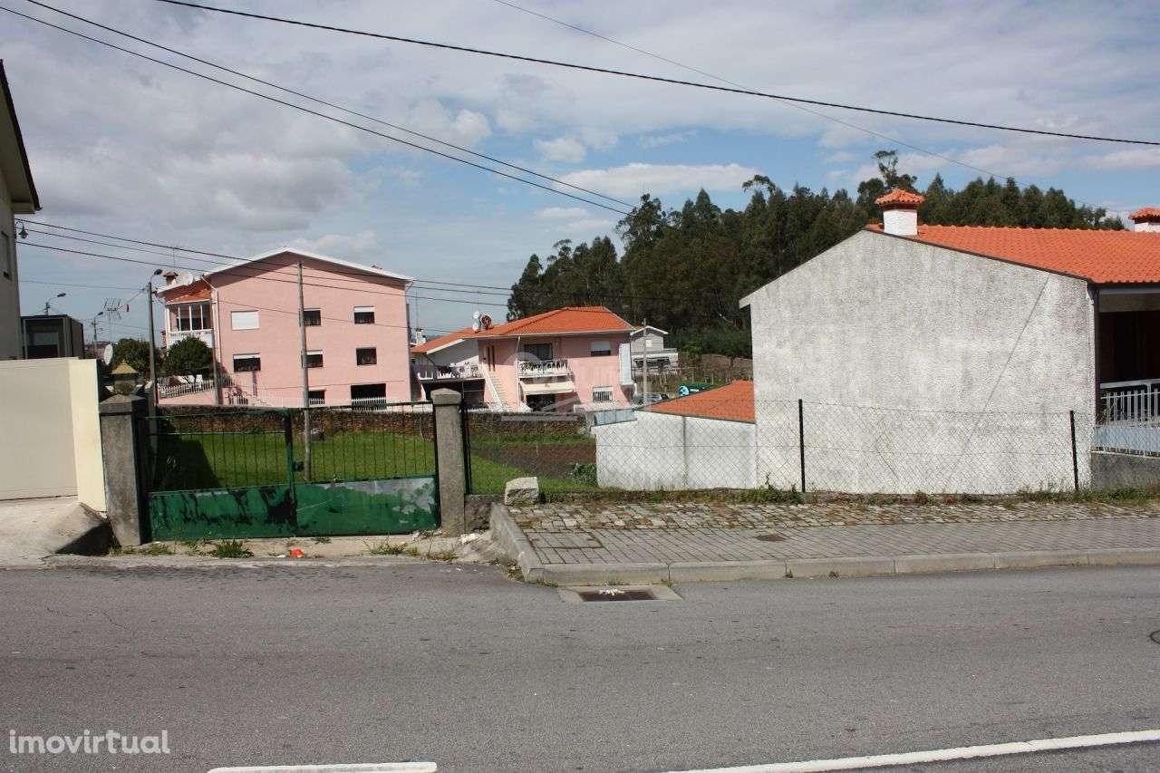 Terreno para comprar, Santo Tirso, Couto (Santa Cristina e São Miguel) e Burgães, Porto - Foto 2