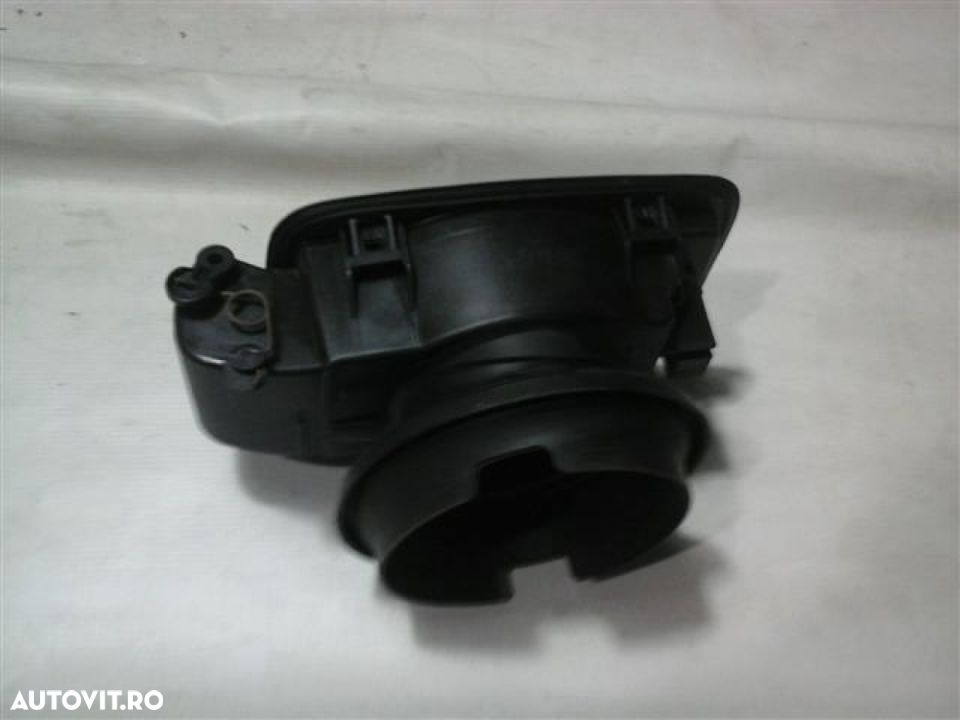 Usa rezervor Bmw Seria 3 An 2005-2011 - 1