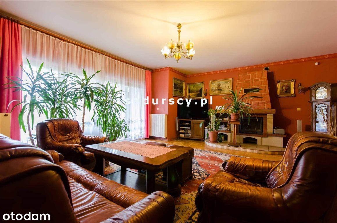 Dom, 560 m², Kraków