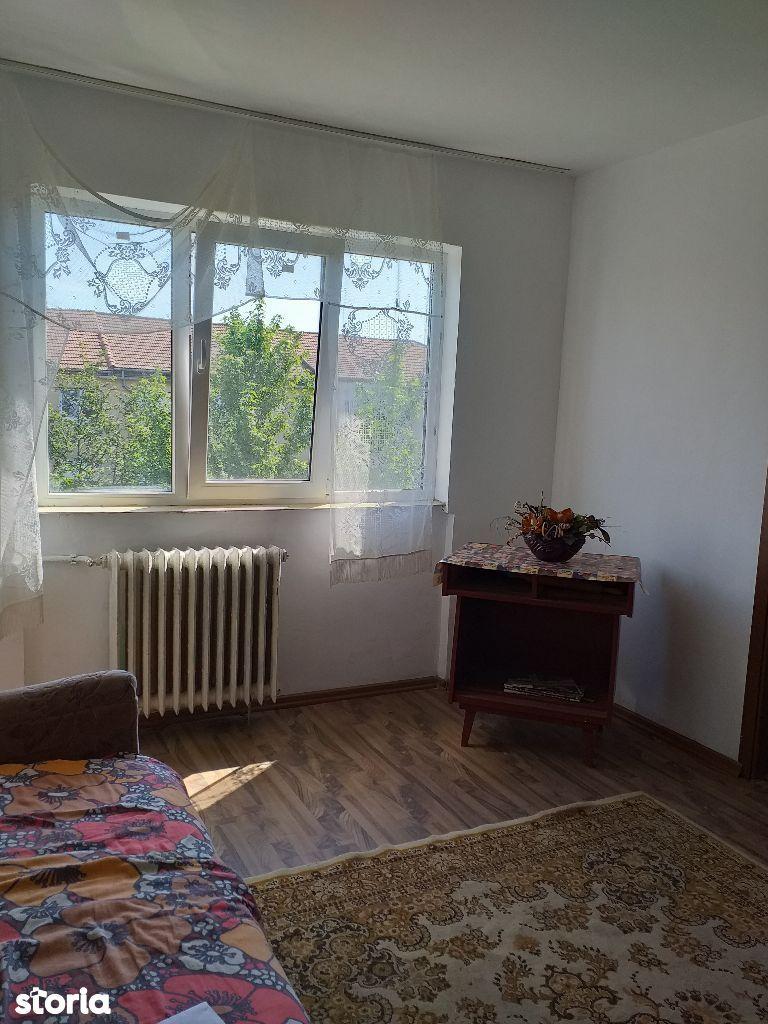 apartament 2 camere X, Nufarul