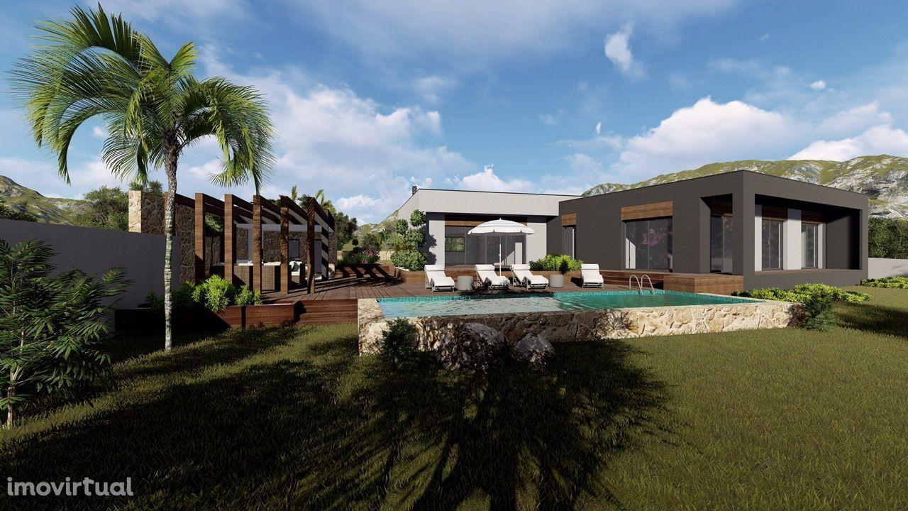 Terreno com 3020 m2, com projecto aprovado para moradia térrea.
