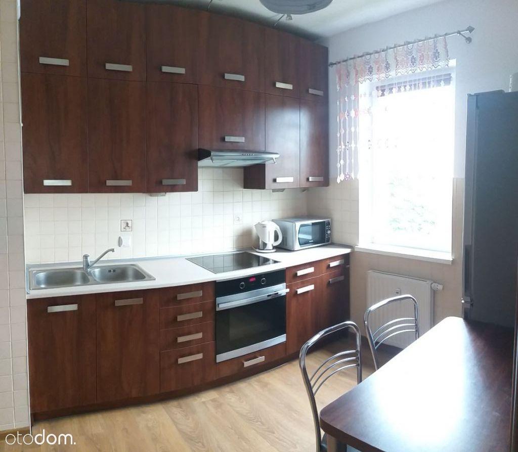 Wynajmę 3-pokojowe Mieszkanie studentom ul.Żiżki 8