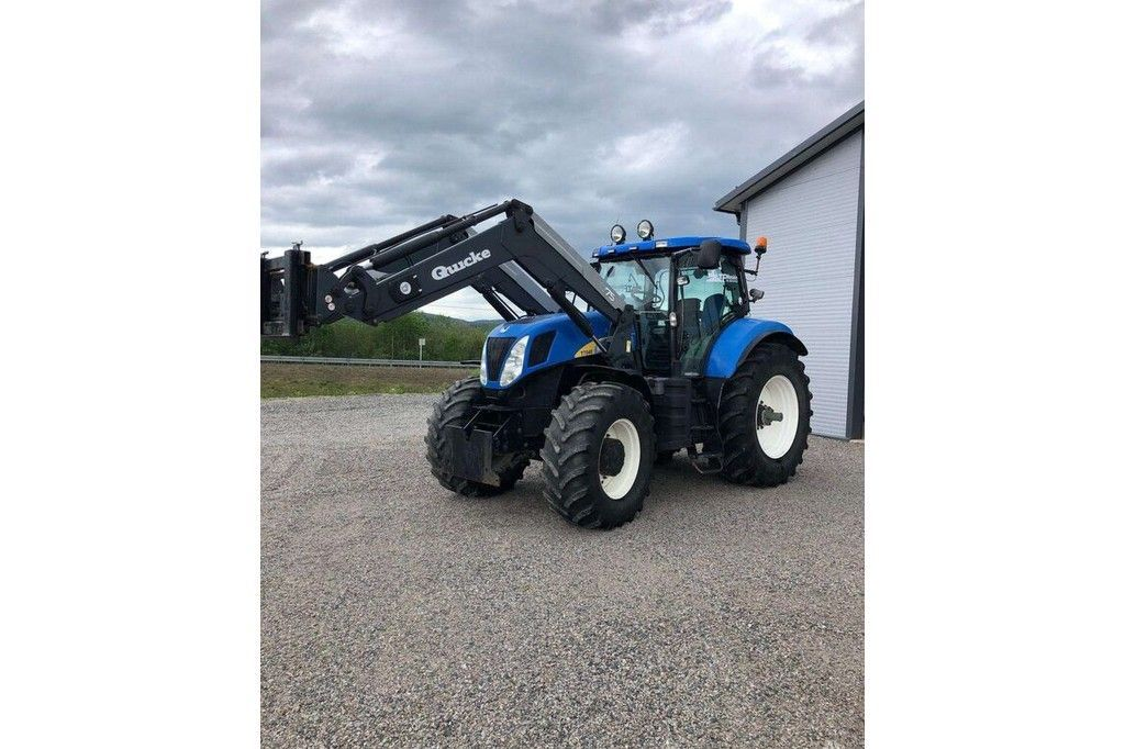New Holland T7040  New Holland T7040 - 3