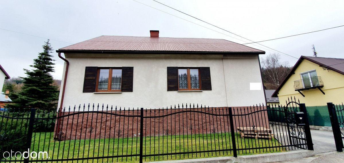 Dom w spokojnej okolicy