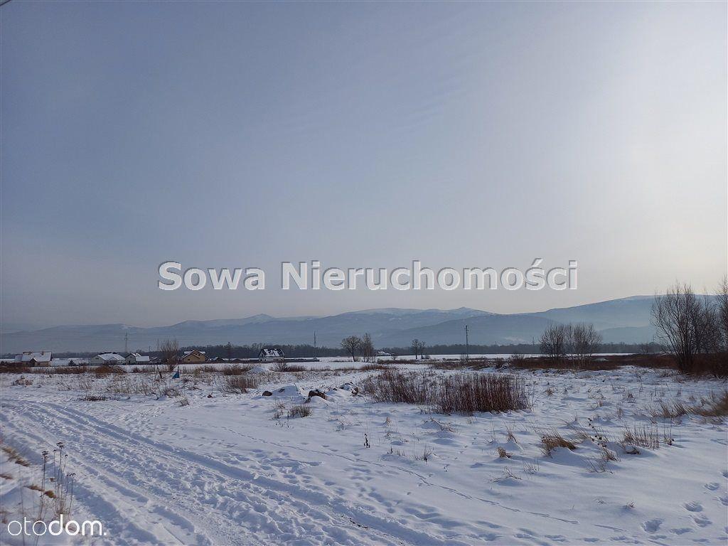 Działka w widokowej okolicy w Wojcieszycach