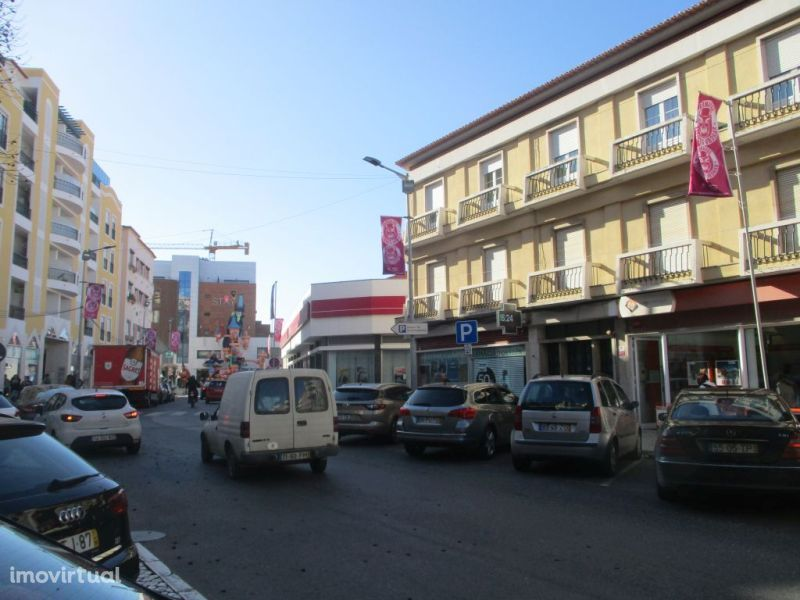 Garagem para comprar, Torres Vedras (São Pedro, Santiago, Santa Maria do Castelo e São Miguel) e Matacães, Torres Vedras, Lisboa - Foto 8