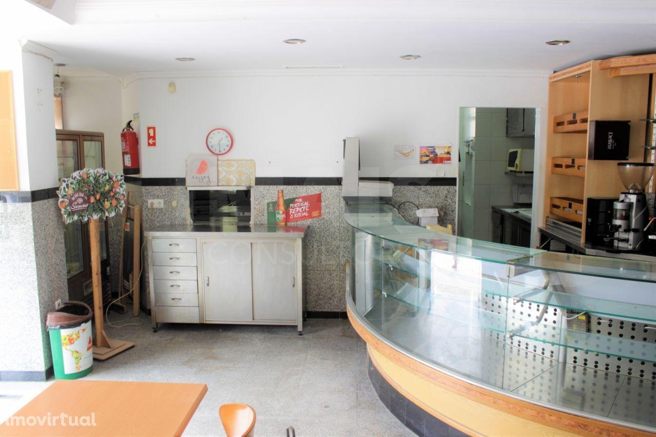 Restaurante em Alhandra em Local Nobre