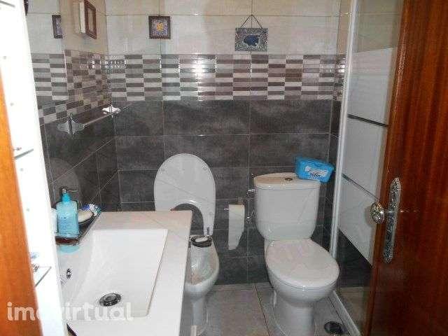 Apartamento para comprar, Rua Elias Garcia, Falagueira-Venda Nova - Foto 6