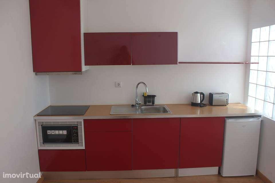 Apartamento para arrendar, Coimbra (Sé Nova, Santa Cruz, Almedina e São Bartolomeu), Coimbra - Foto 1
