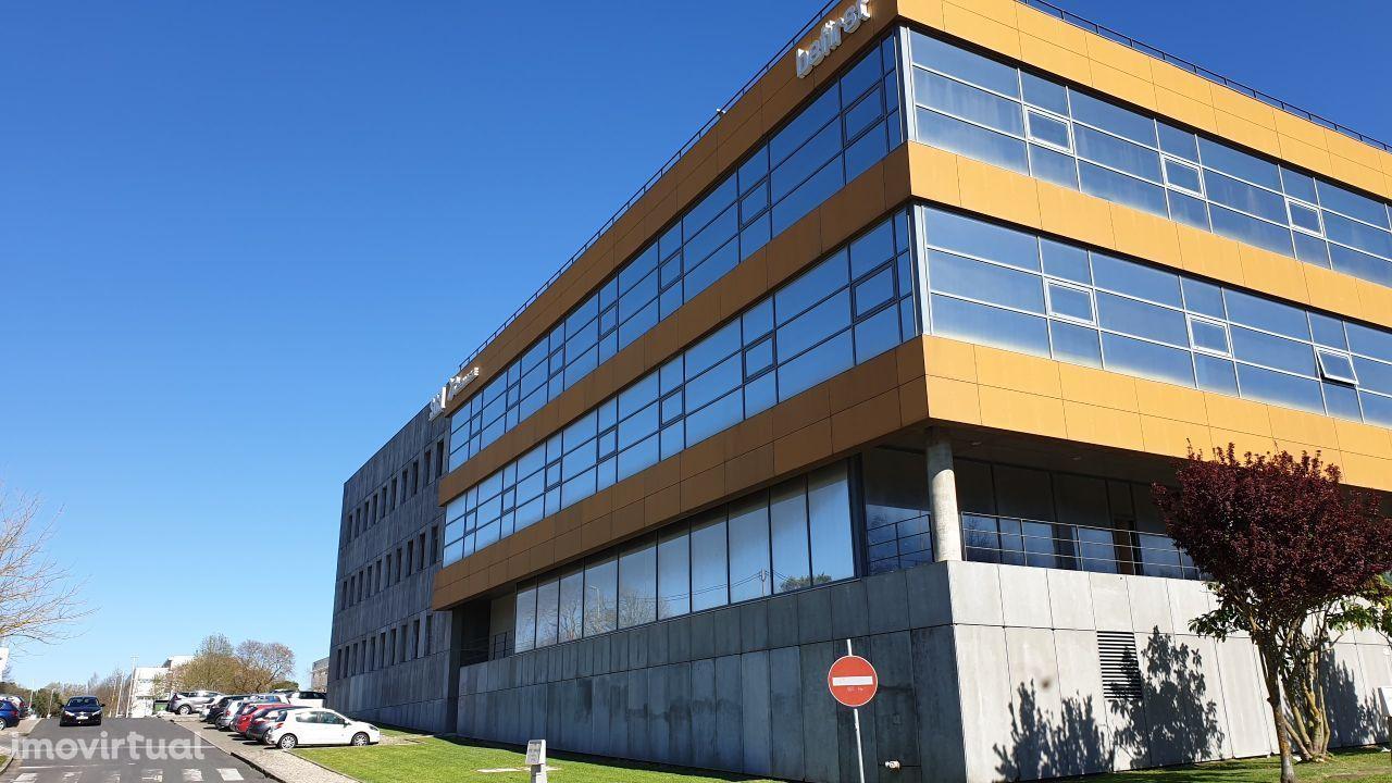 Arrendar Escritório Lisboa | 220 m2 | LISPOLIS | Multitech