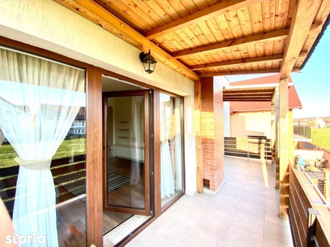 Ap. la vila deosebit cu 3cam in Selimbar, balcon mare 25mp, 80mp, 2bai