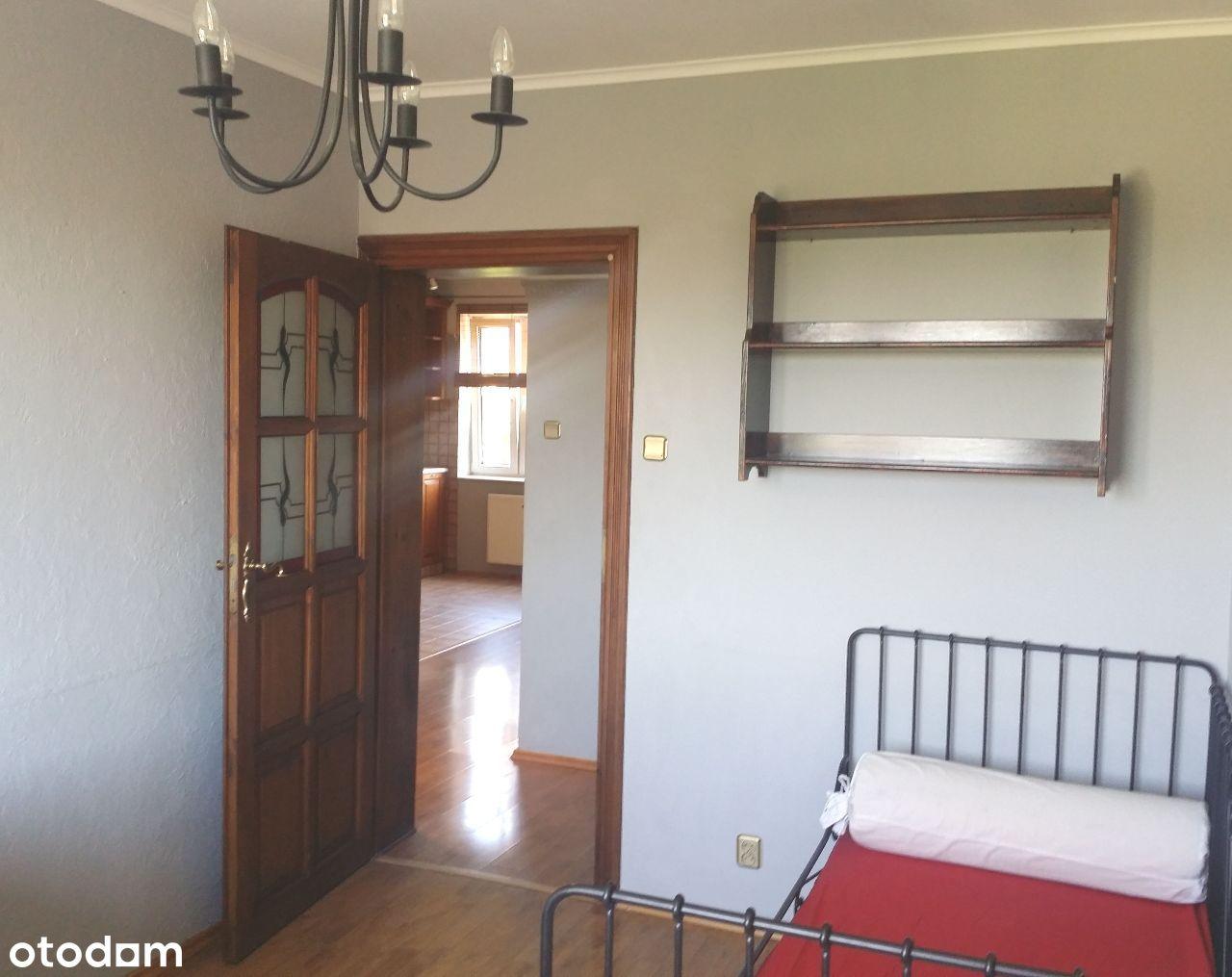 Mieszkanie 4-pokojowe na Chełmie na wynajem