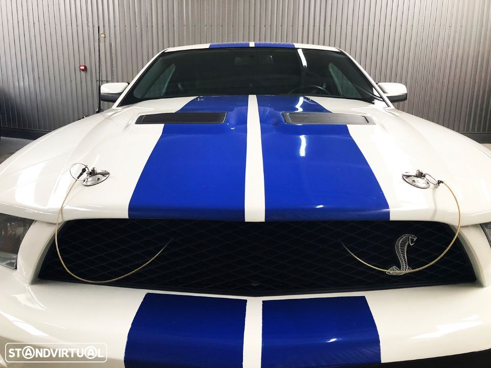 Ford Mustang Shelby GT500 V8 5.4 Supercharged - 31