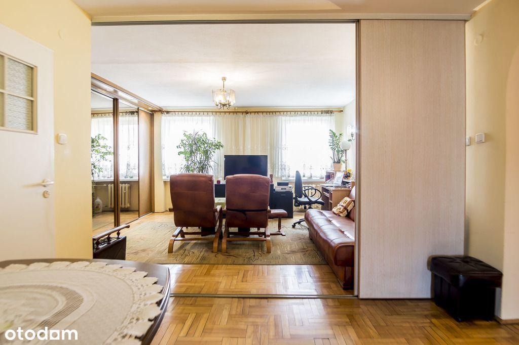 5 pokoi, 2 łazienki, duży taras, balkon. ✔️