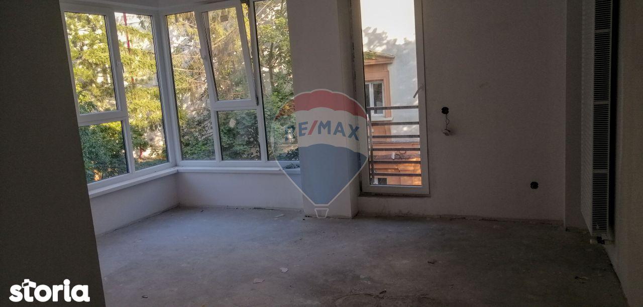 Apartament cu 2 camere de vânzare în zona Jiului