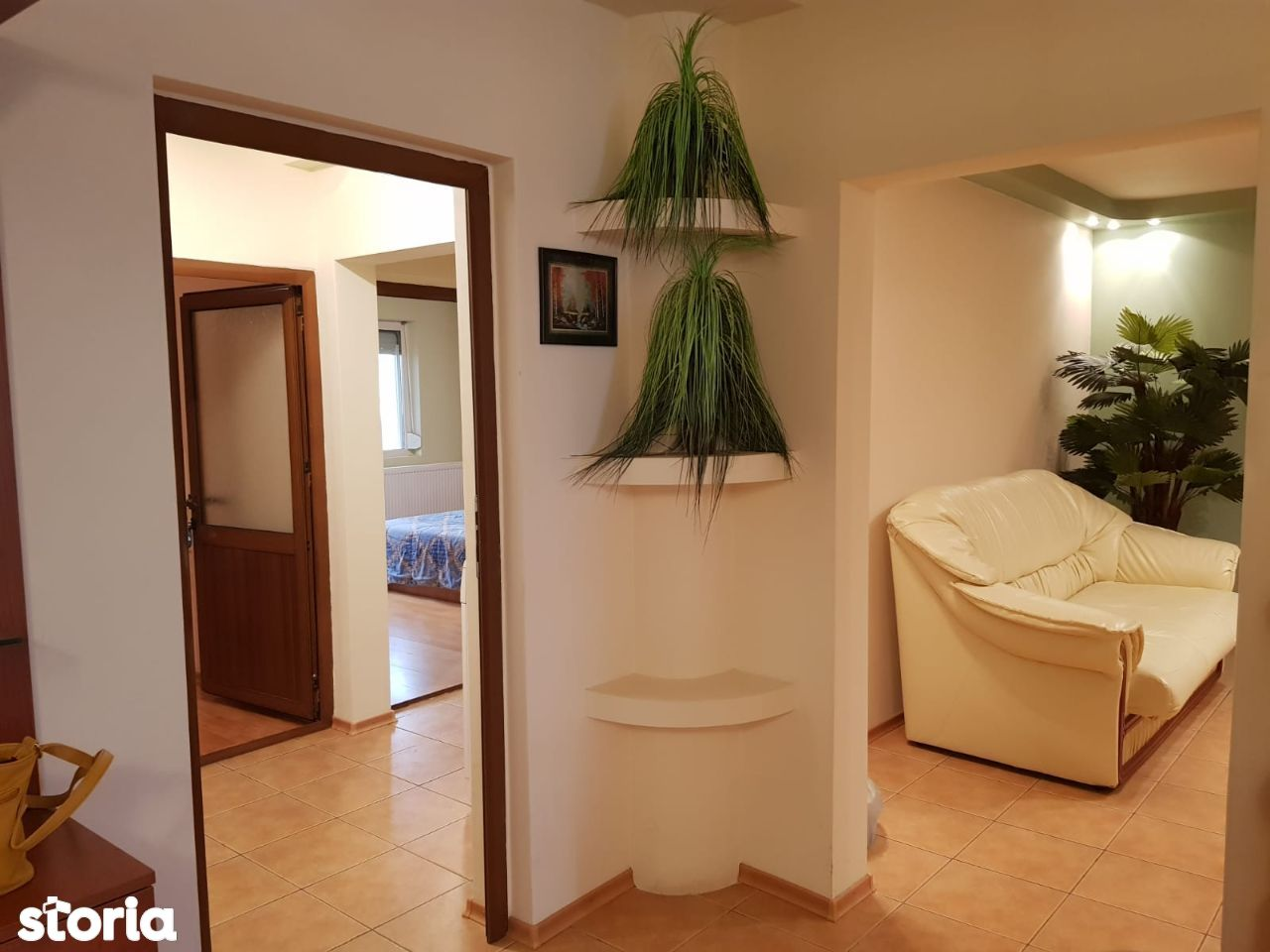 Vanzare apartament decomandat cu 3 camere, 78 mp, Micro 20 , etaj 8.
