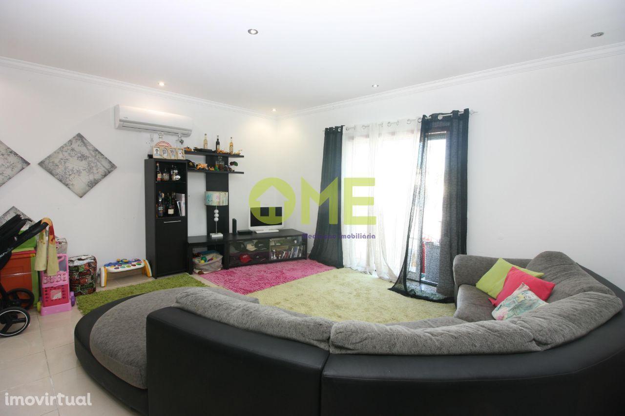 Apartamento T4, em Fátima