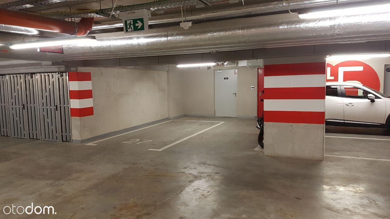 Konstruktorska 9a Mordor komfortowy garaż