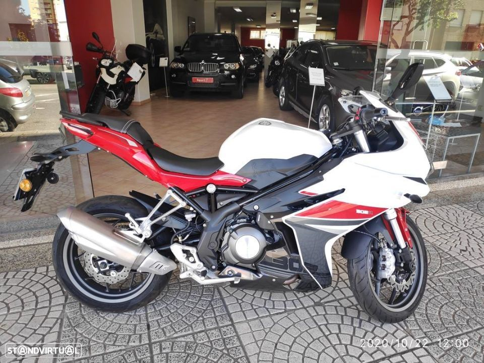 Benelli BN  302R ABS - 4