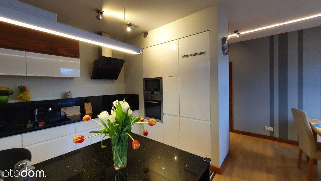 APARTAMENT 70m2, wysoki standard, 3 pokoje+garaż