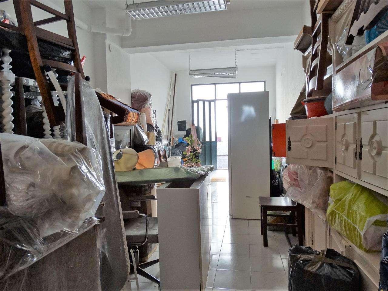 Garagem para comprar, Charneca de Caparica e Sobreda, Almada, Setúbal - Foto 3