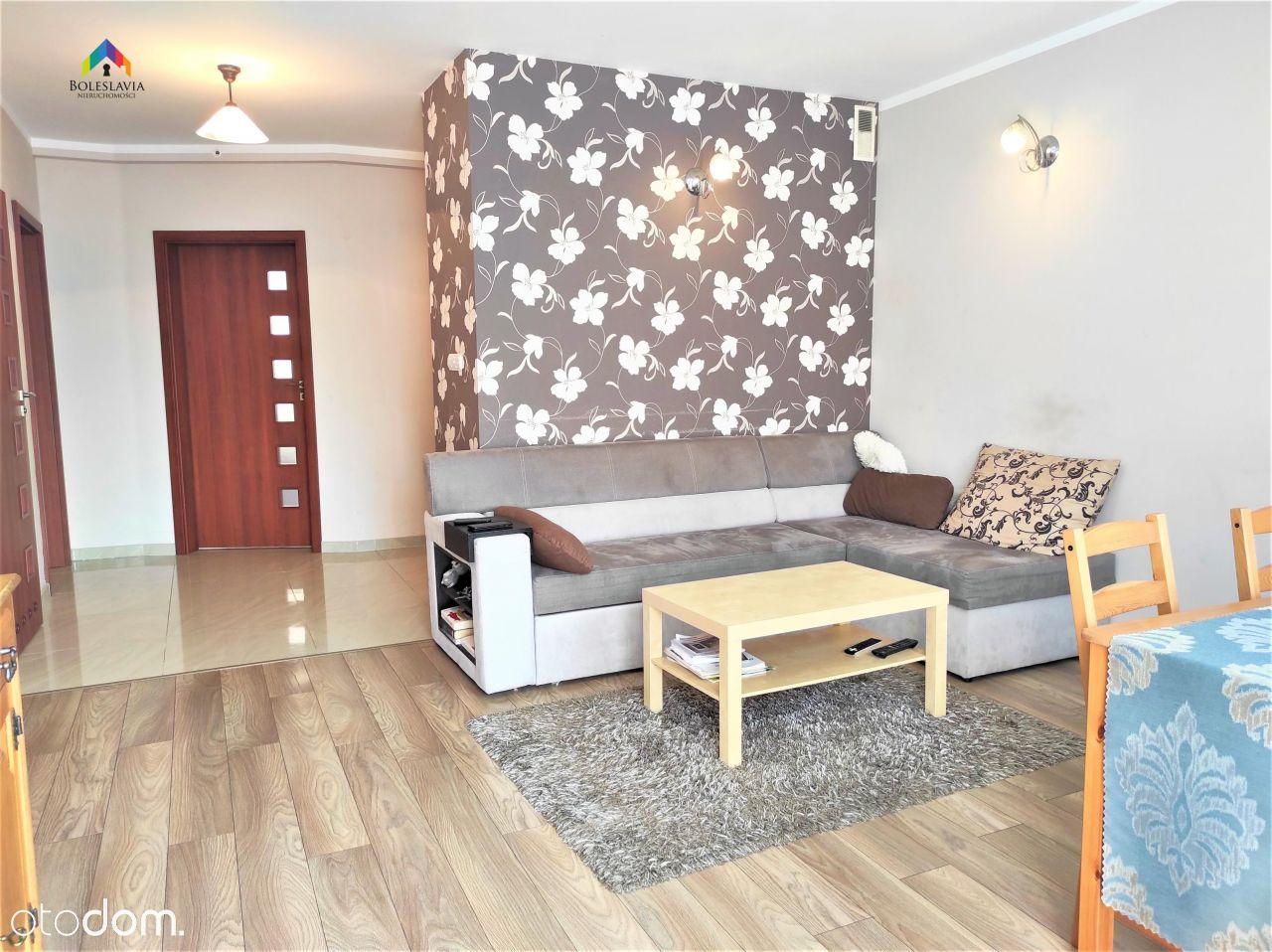 Mieszkanie, 65 m², Bolesławiec