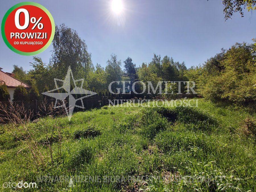 Działka w Jabłonnie-dojazd z gwóch strona drogi gm