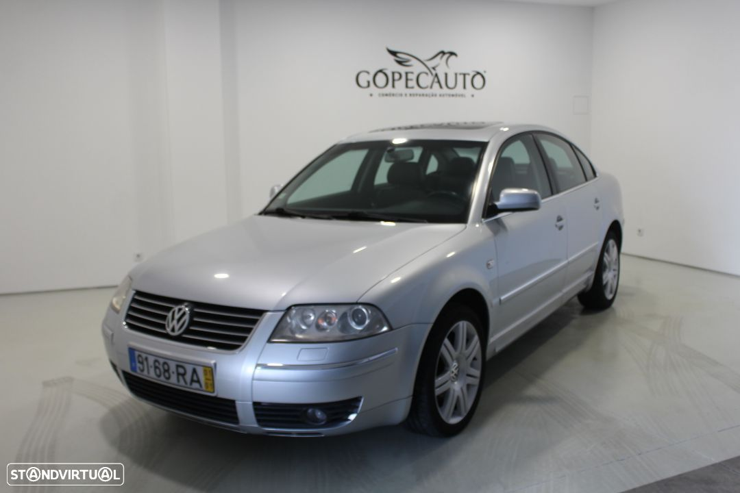 VW Passat 1.9 TDi Highline - 1