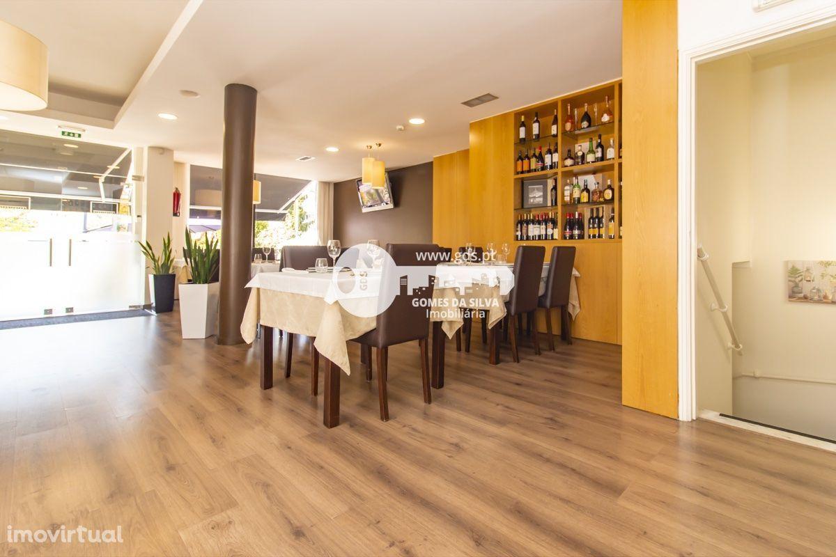 TRESPASSE- Restaurante totalmente mobilado e equipado em Gualtar