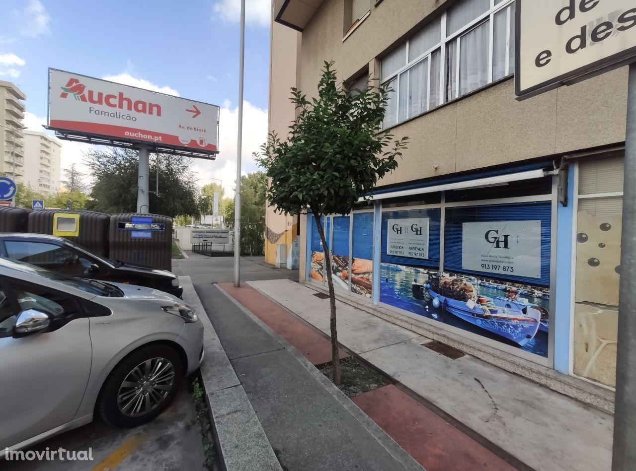 Loja 50 M2 Avenida Humberto Delgado
