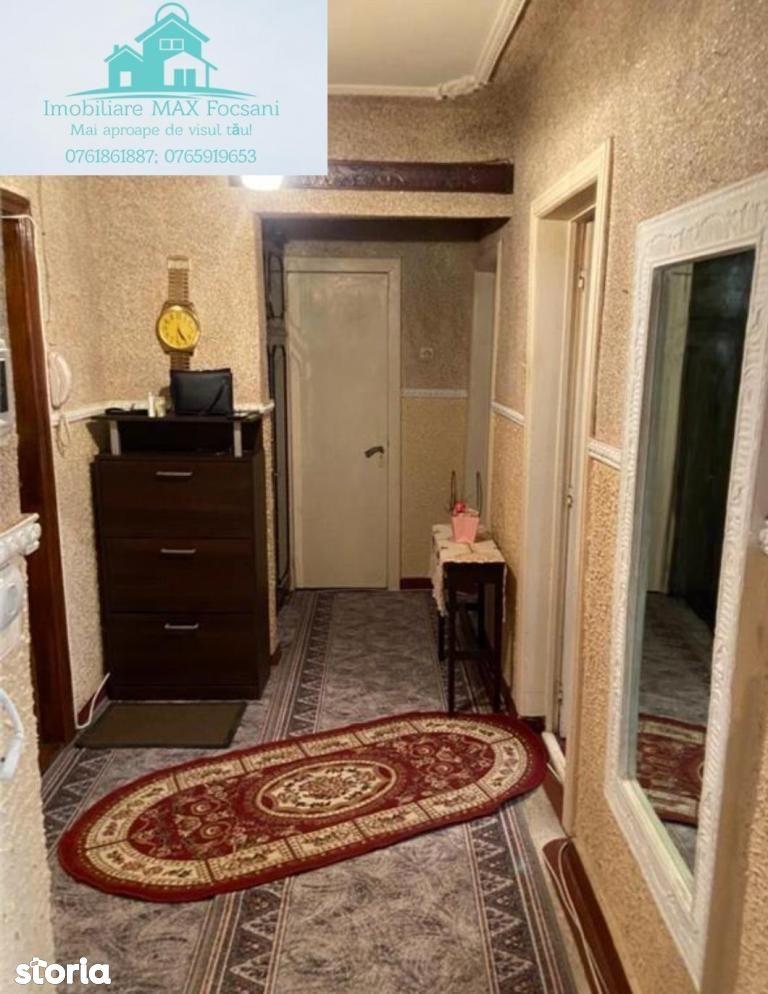 Apartament 2 camere, et.3/4, 52 mp utili, zona Garii