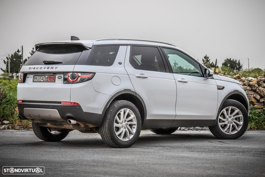 Land Rover Discovery Sport 2.0 TD4 HSE Luxury 7L - 4