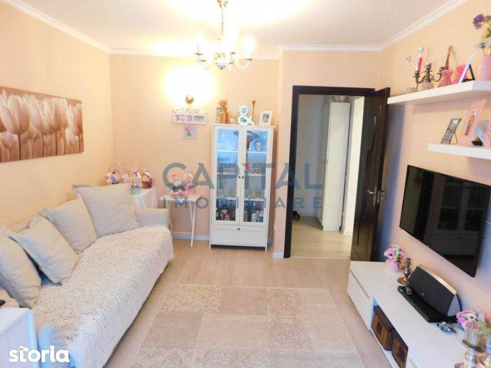 Vanzare apartament cu 2 camere decomandat in cartierul Gheorgheni.