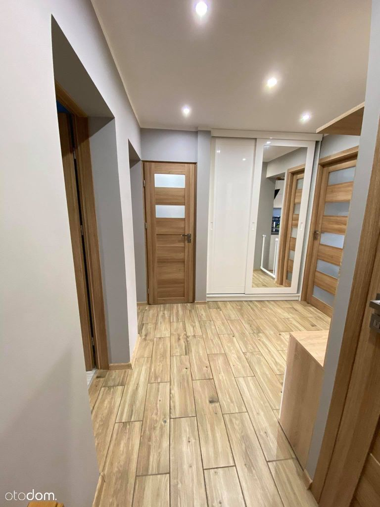 Sprzedam 3 pokoje kuchnia łazienka wc Koszyka 57m2
